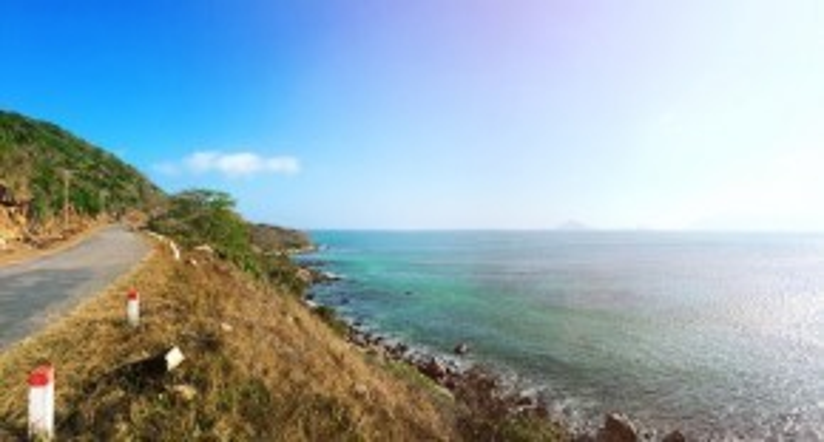 Côn Đảo được khách du lịch biết đến bởi vẻ đẹp hoang sơ, trong lành cùng với cảnh sắc biệt lập tại Việt Nam. Bạn không cần phải sở hữu tới một chiếc máy ảnh DSLR để có thể ghi lại vẻ đẹp có một không hai của Côn Đảo.