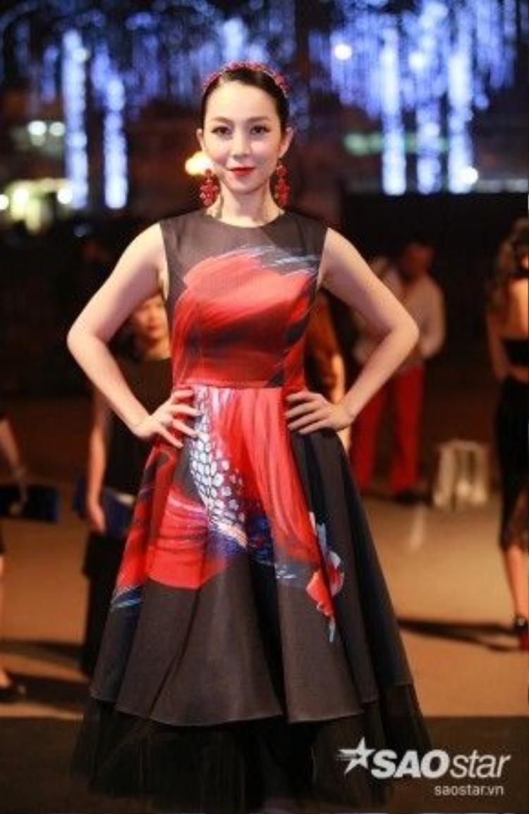 NSƯT Linh Nga.