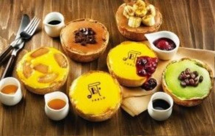 Các món bánh được trình bày đẹp mắt khiến nhiều thực khách chưa kịp ăn đã thấy ngon.