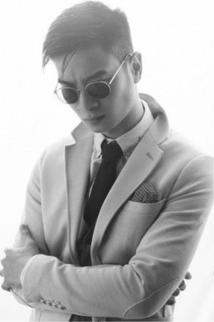 Đang là một trong những DJ tên tuổi nhất Việt Nam thì SlimV quyết định theo đuổi con đường trở thành nhà sản xuất âm nhạc.