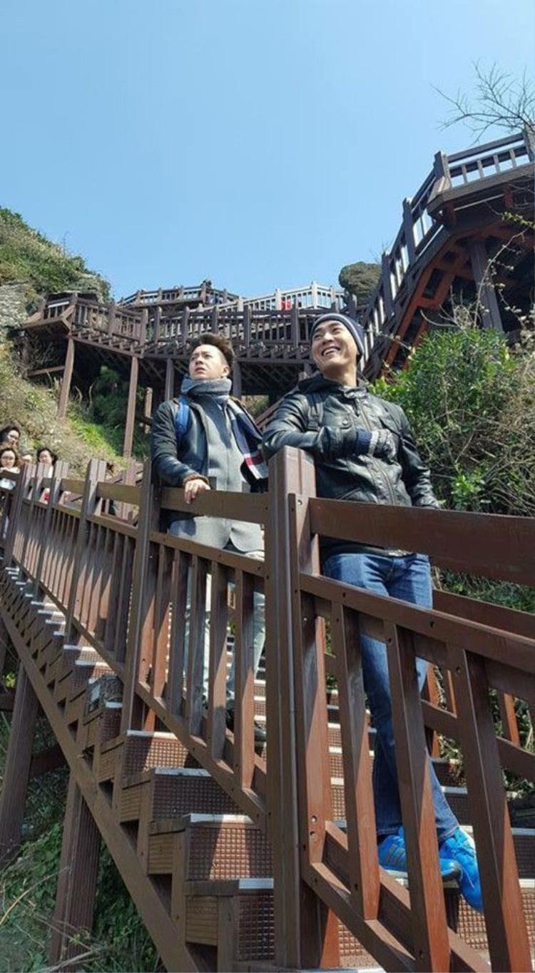 Ngô Kiến Huy  Hứa Vĩ Văn khiến fan bấn loạn vì tình như cặp đôi Thượng Ẩn