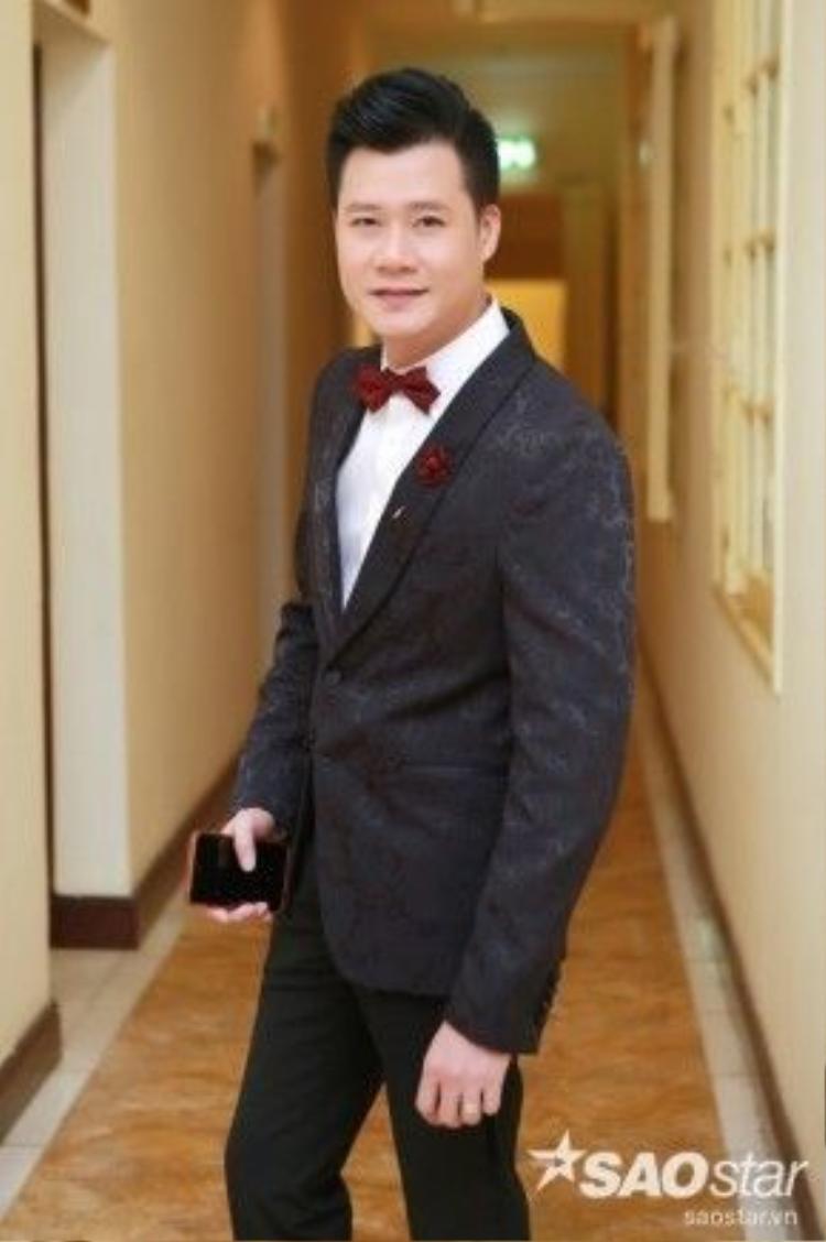 Là người đồng hành cùng đêm nhạc, Quang Dũng chia sẻ anh cảm thấy vô cùng hạnh phúc khi được góp mặt trong chương trình và hội ngộ với các nghệ sỹ cũng là những người bạnthân hữu của mình.