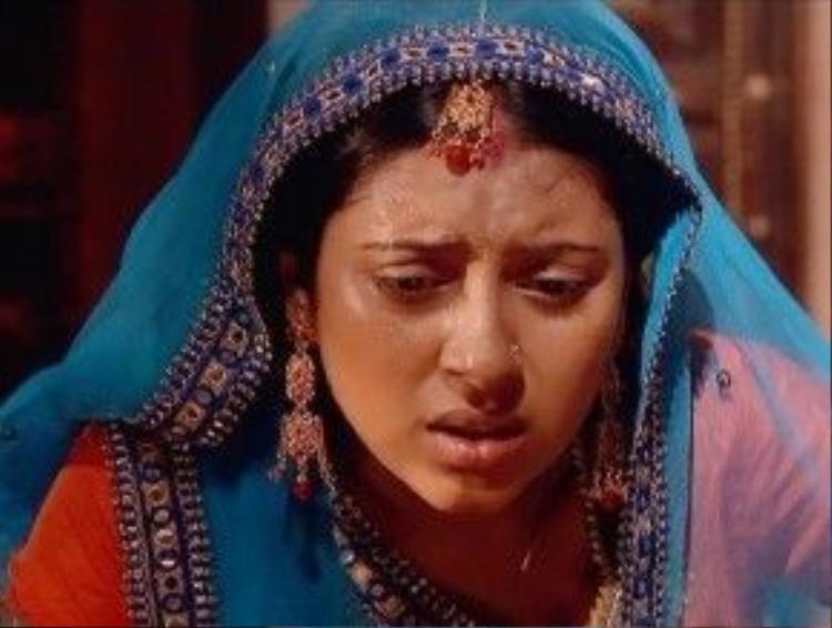 Không biết có phải do vai diễn Anandi đã trở thành cái bóng ám ảnh cuộc đời nữ diễn viên không, nhưng người thân đã xác định cái chết của Pratyusha Banerjee là tự tử vì tình.