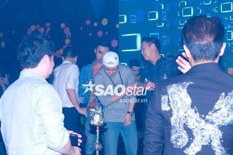 HOT: Seungri (Big Bang) bất ngờ lên làm DJ khiến khán giả Hà Nội phấn khích