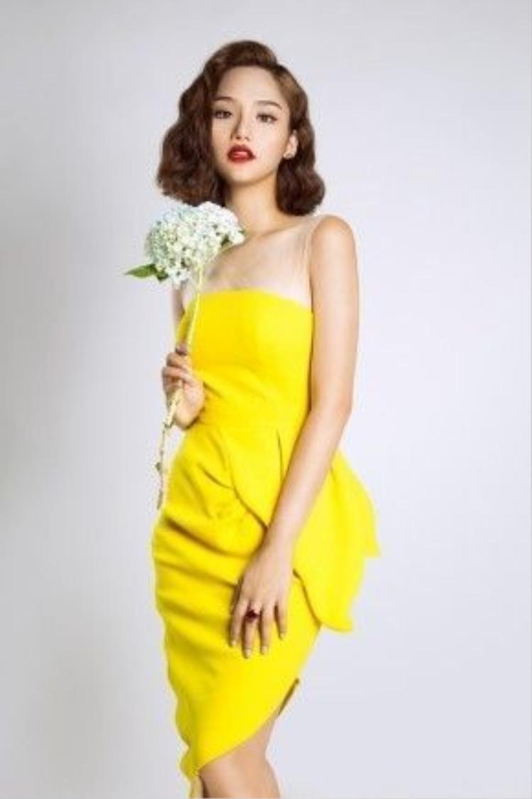 Những bộ đồ phối màu pastel đến từ những thiết kế của NTK Trần Hùng và thương hiệu Lamy.