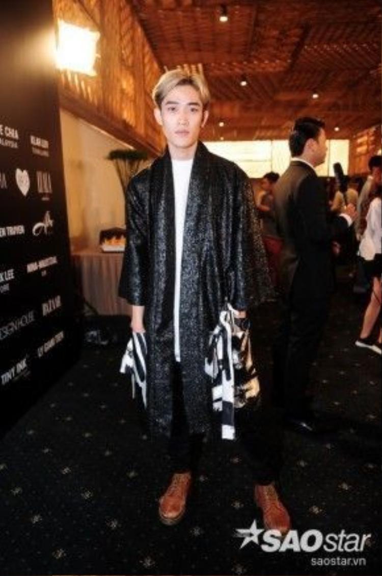 NTK Nguyễn Tiến Truyển - chàng trai vừa xuất sắc giành ngôi quán quân tại chương trình Project Runway mùa 3.