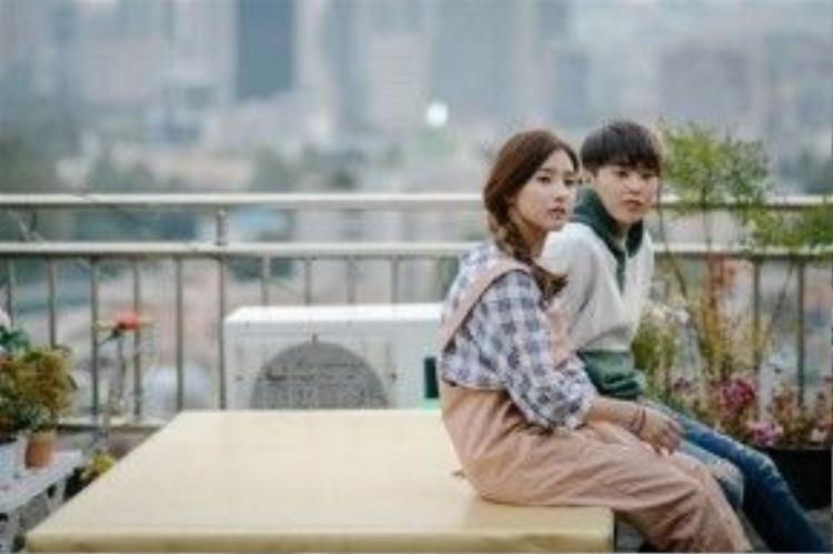Xiumin và Kim So Eun rất đẹp đôi trong Falling for Challenge.