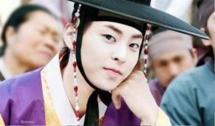 Tạo hình cổ trang của Xiumin trong Kim Seon Dal.