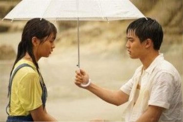 D.O và Kim So Hyun có chuyện tình trong sáng, dịu dàng trong Pure Love. Phim là sự hồi tưởng về những ngày thanh xuân và mối tình đầu khi nghe những câu chuyện tình yêu trên sóng radio.