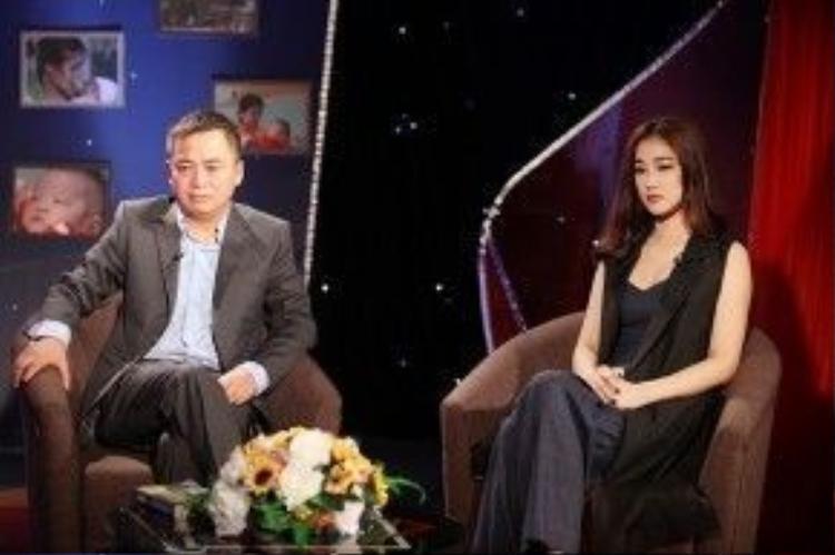 Trong cuộc trò chuyện với MC chương trình và bác sĩ - PGS Trần Lân Hiếu, Maya bày tỏ sự xót xa khi biết được số lượng trẻ em bị bệnh tim bẩm sinh tại Việt Nam ngày càng gia tăng.