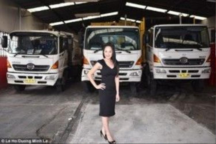 Le Ho ben dàn xe hiện đại của công ty xử lý chất thải