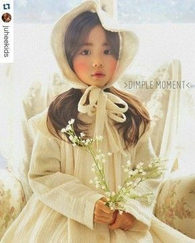 Thiên thần Hwang Sieun gây ấn tượng và vô cùng chuyên nghiệp không thua kém bất kì người mẫu nào trong các shoot hình thời trang.