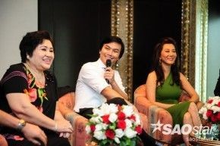 MC Kỳ Duyên xuất hiện trong họp báo để giao lưu cùng e-kip, Kỳ Duyên cũng đã có những bật mí thú vị về Mạnh Quỳnh - một người bạn, người đồng nghiệp lâu năm của cô.