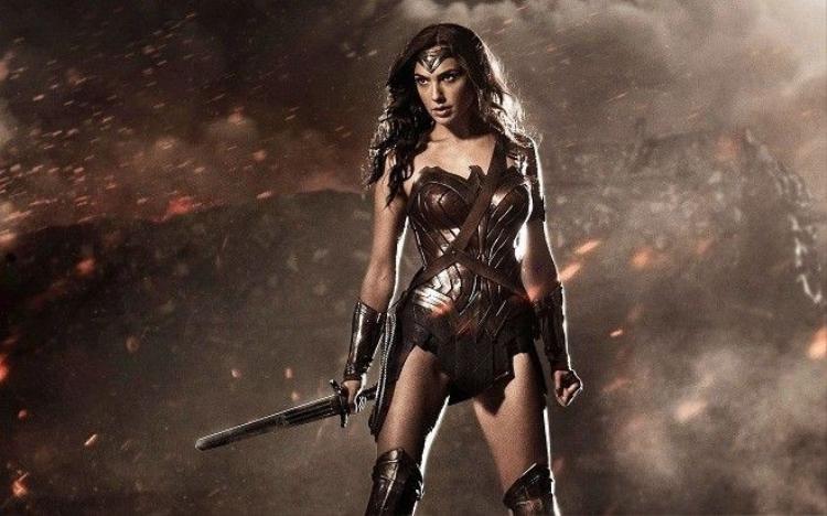 Đừng đùa với các mỹ nữ nhà DC Comics!