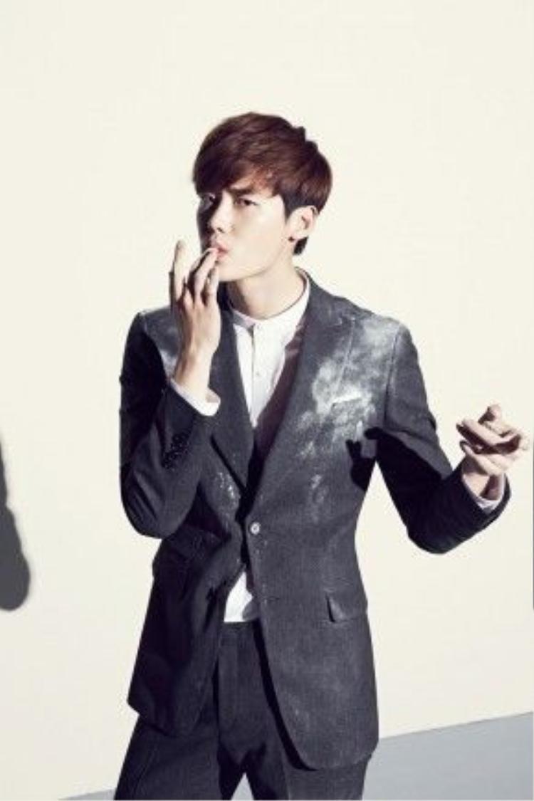 """Sự phổ biến của Lee Jong Suk trong giới LGBT đã tăng lên sau bộ phim """"School 2013"""""""