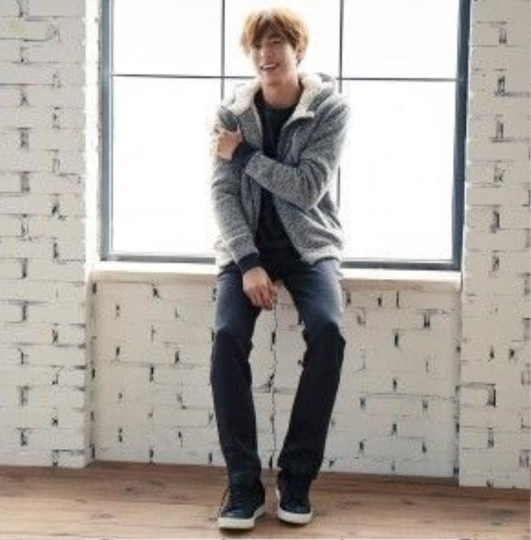 Lee Hyun Woo với vẻ ngoài trẻ con khiến nhiều fan LGBT ngây ngất.