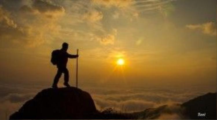 Ngắm mặt trời mọc ở núi Muối trước khi trở về là mong muốn của tất cả những người leo Bạch Mộc Lượng Tử.