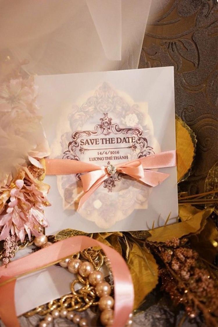 Lương Thế Thành  Thúy Diễm tất bật đi thử váy cưới