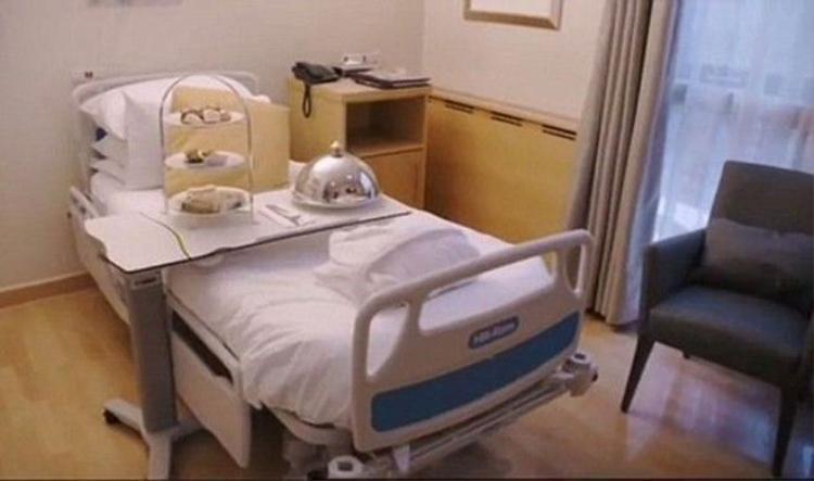 Nhà giàu Trung Quốc chi 1,5 tỷ đồng để lâm bồn ở bệnh viện Victoria Beckham sinh Brooklyn