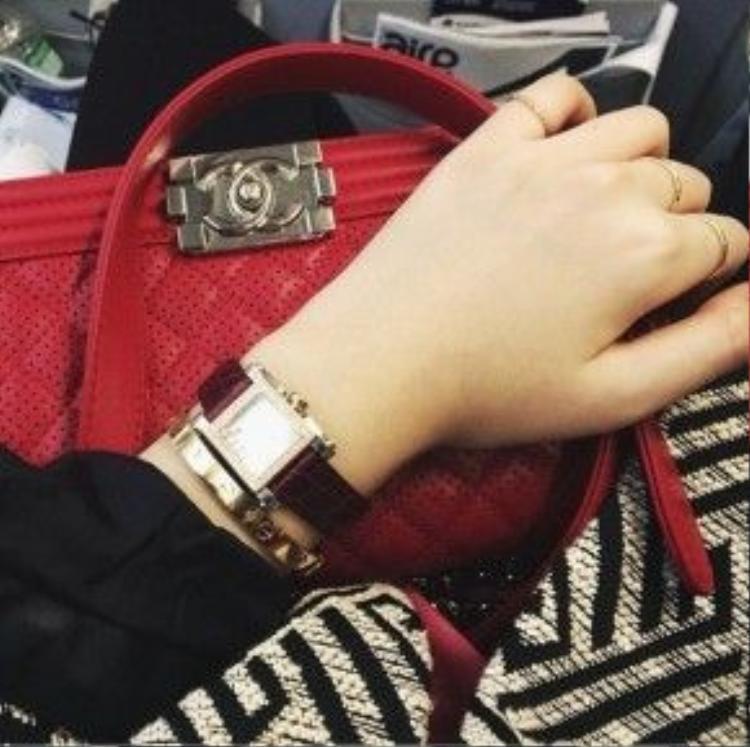 Những chiếc túi Chanel trăm triệu có mặt đầy đủ trong BST túi của Anh Sa.