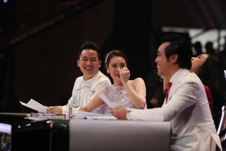 Xuất hiện bản sao của Bi Rain khiến giám khảo X-Factor dở khóc dở cười