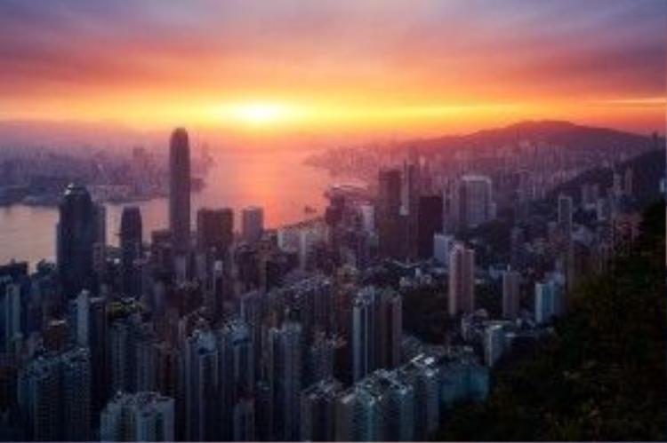 Hoàng hôn Hồng Kông nhìn từ núi Victoria Peak.