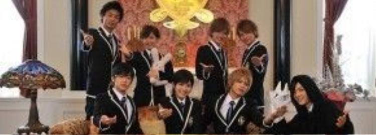 dù có mạnh mẽ đến đâu, Haruhi vẫn luôn là đàn em được các thành viên Host Club bảo vệ , cưng chiều bằng tất cả sự ấm áp.