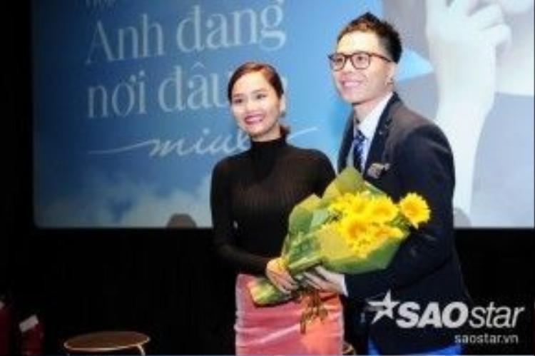 MV Anh đang nơi đâu cũng ghi dấusự hợp tác giữa Miu Lê cùng B Production của anh chàng tài năng - Trịnh Thăng Bình.