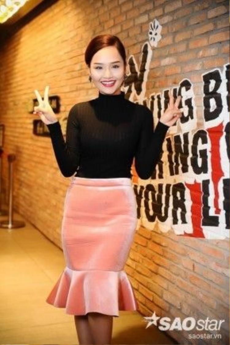 MV lần này đánh dấu sự trở lại của Miu Lê với dòng chảy âm nhạc sau những thành công trong lĩnh vực phim ảnh.