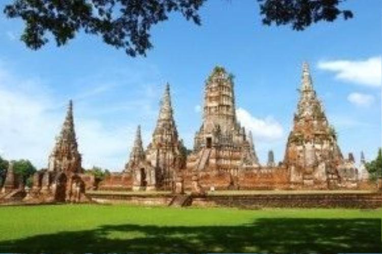 Ayutthaya, tên đầy đủ là Phra Nakhon Si Ayutthaya, cố đô của Thái Lan và hiện là thành phố hiện đại ở đồng bằng miền Trung Thái Lan, cách Bangkok 85 km về phía bắc. Ảnh: Meetup.