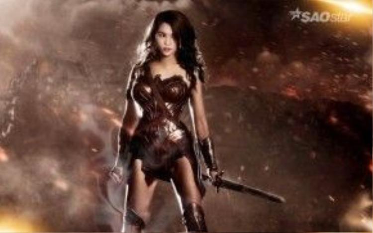 Hoặc là Wonder Woman, người phụ nữ diệu kỳ từng làm cho Batman và Superman điên đảo.