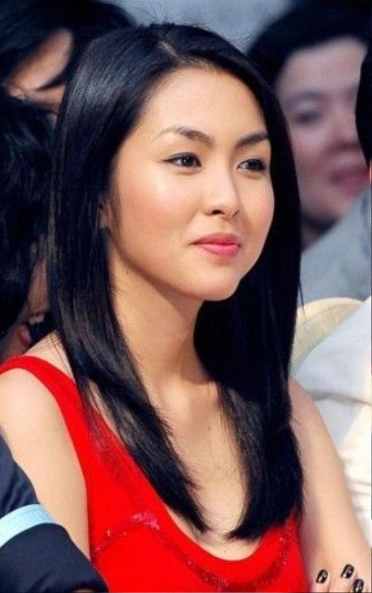 Ngọc nữ Tăng Thanh Hà không chỉ sở hữu vẻ đẹp tự nhiên gây thương nhớ, cô còn được nhận xét là có một đôi lông mày đẹp và hài hòa với khuôn mặt.
