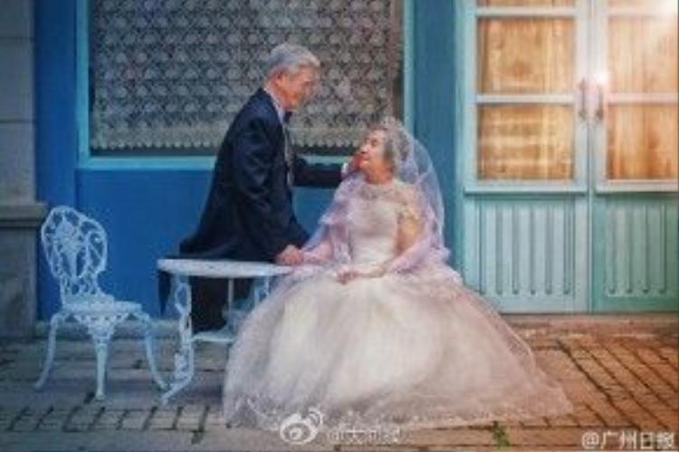 Cặp đôi sẽ tổ chức lại 1 đám cưới thật lãng mạn