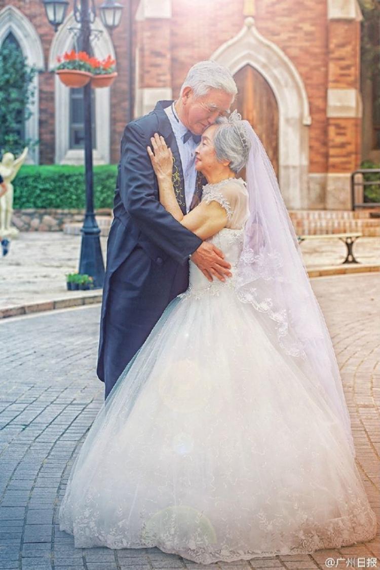 Sốt xình xịch với bộ ảnh cưới phong cách vườn cổ tích tuyệt đẹp của cặp đôi U80