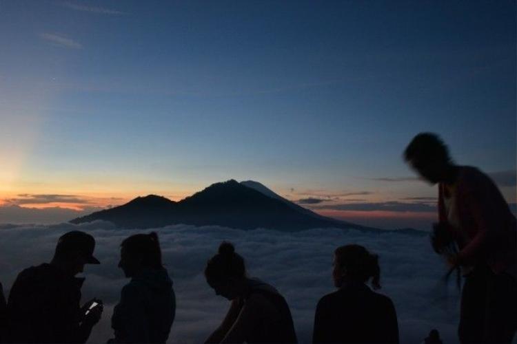 Nhật ký hành trình nhảy nhót giữa chốn thần bí và hiện đại nhất Đông Nam Á