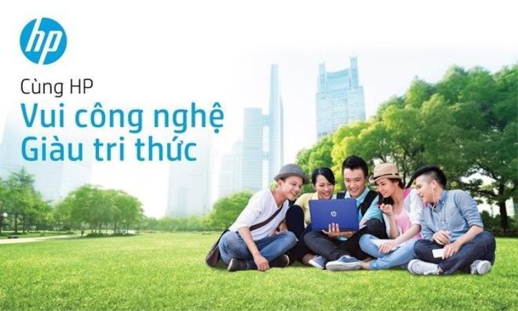 Hoàng Tôn, Phạm Hồng Phước bùng nổ cùng sinh viên trong tour xuyên Việt có 1-0-2