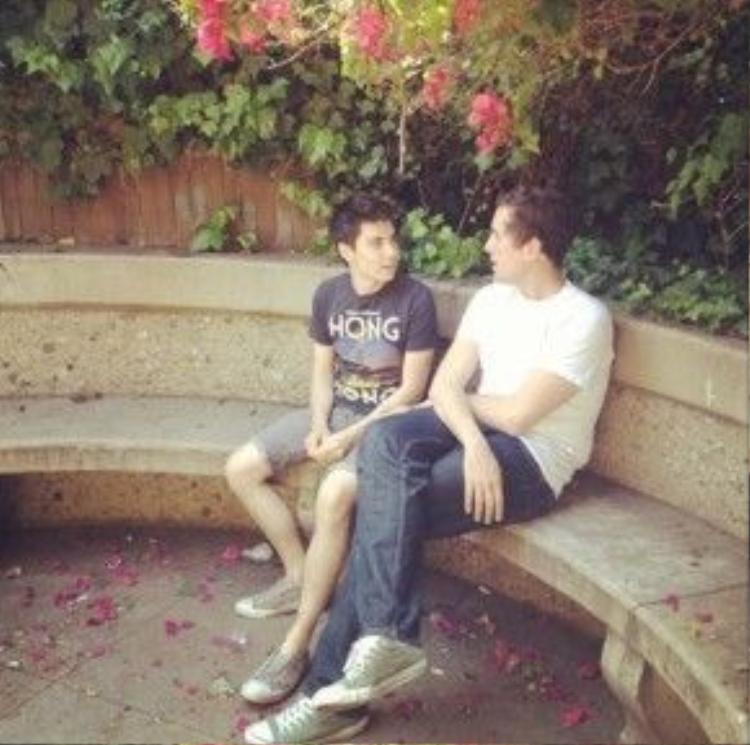 """Bức ảnh của Sam và Casey khiến nhiều người """"phát hờn""""."""