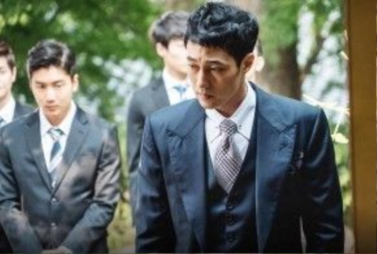 Vẻ ngoài lịch lãm và manly của So Ji Sub khi hóa thân thành nhân vật Kim Young Ho
