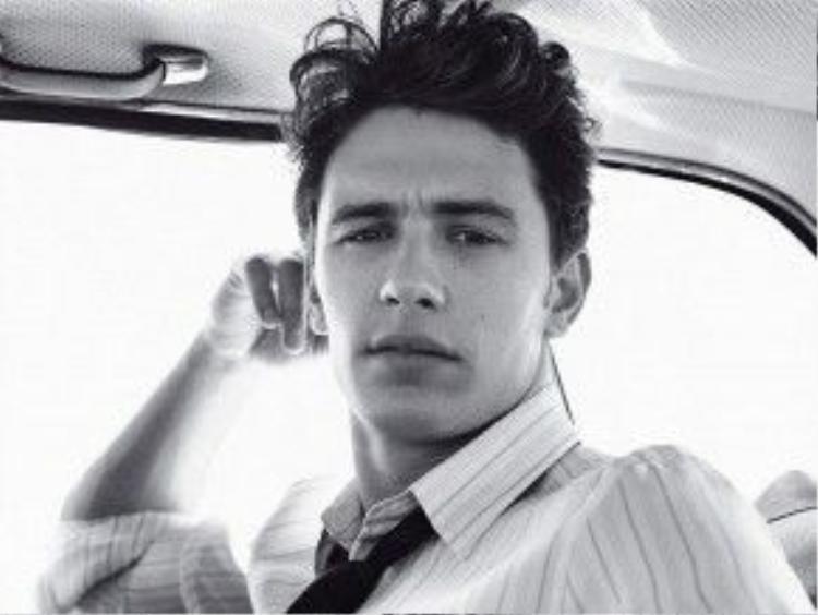 Nam diễn viên James Franco với vẻ ngoài vô cùng điển trai, tài tử.