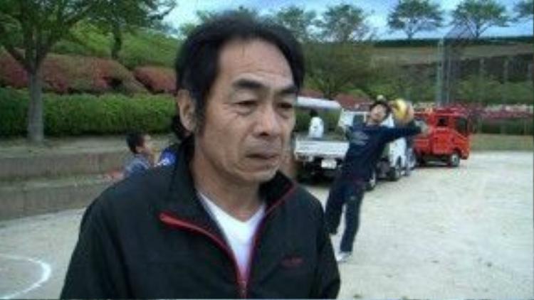 Yoshiaki Tanaka, người dân sống ở Ozu, tỉnh Kumamoto. Ảnh: AP
