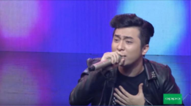 YanBi đầy cảm xúc thể hiện ca khúc chất lừ, hứa hẹn đây sẽ tiếp tục trở thành một hit trong sự nghiệp của anh.