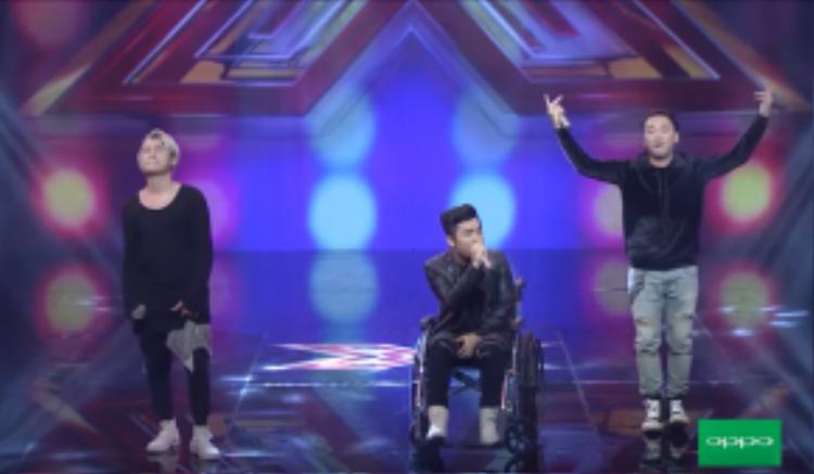 F.O.E đã gây sốt cộng đồng mạng cách đây không lâu khi xuất hiện trong hậu trường ghi hình X-factor.Nhóm nhạc gồm 3 thành viên YanBi, T-akayz và Bueno.