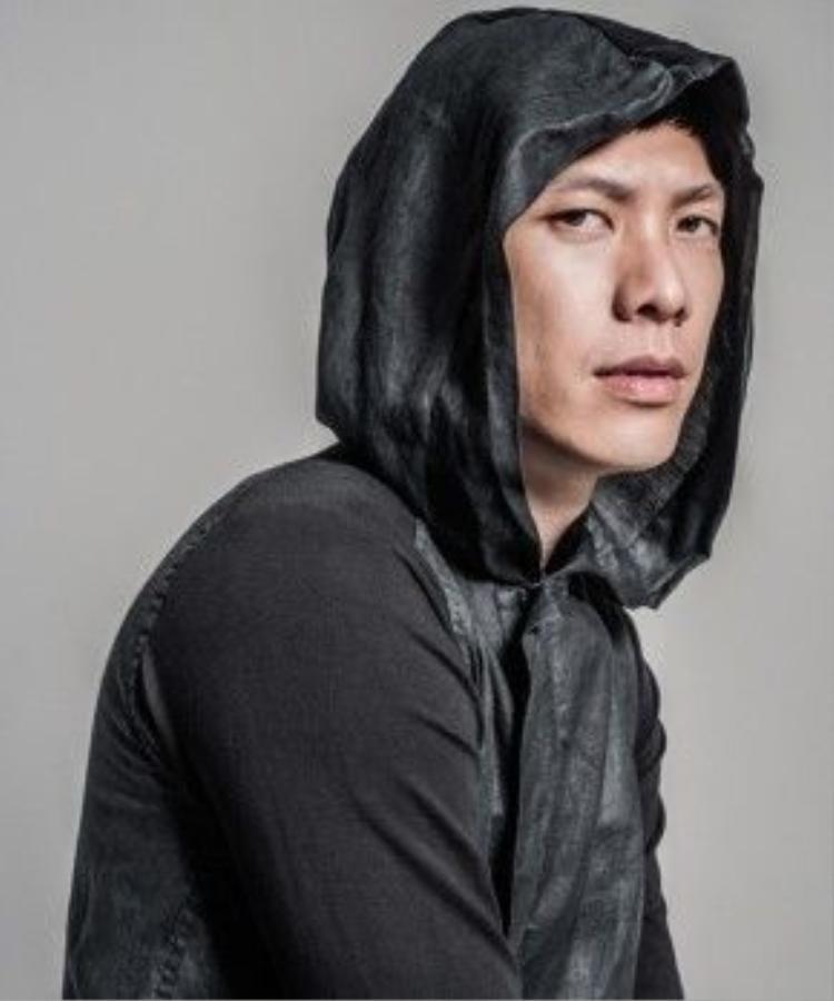 Nhà sáng lập thương hiệu thời trang Joe Chia từng hợp tác với các thương hiệu lớn trên thế giới như Chivas, Honda, Sony, Loreal và Shu Eumura; và gần đây là UT Japan (UNIQLO), G-Shock, Reebook và Schwarzkopf.