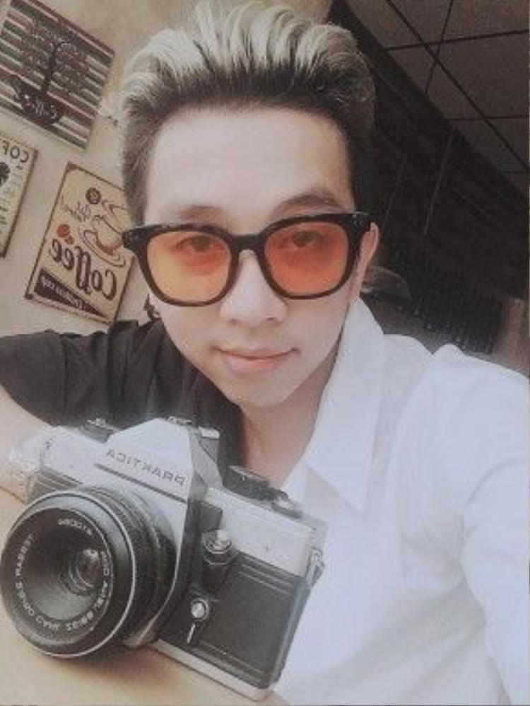 Lý Tuấn Kiệt tên thật là Nguyễn Quốc Danh, sinh năm 1992.