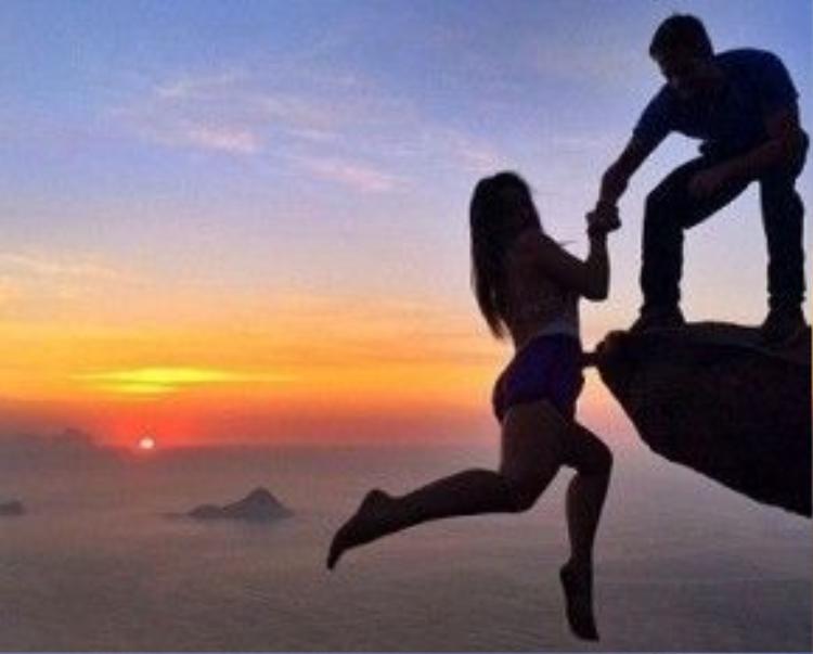 Bức ảnh từng gây sốt của cặp đôi Brazil