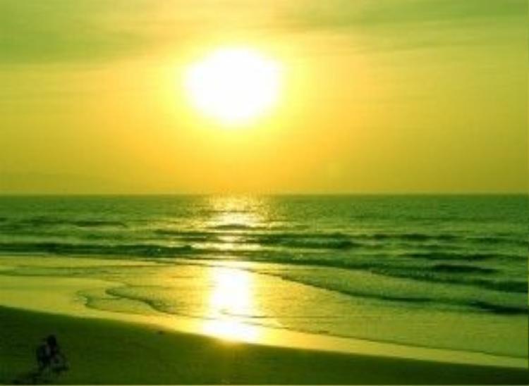 Bãi biển Cồn Đen nổi tiếng của Thái Bình.