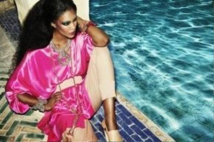 Hiện tại, Sessilee Lopez được xếp vào hàng những chân dài da màu đắt giá nhất hành tinh, khi góp mặt trong các chiến dịch quảng cáo thương hiệu củaGap Jeans, Tommy Hilfiger, Barneys New Yorks, GAP, Benetton, CKOne, Macy's, Levi's, DKNY, Nordstrom, Adidas, H&M và Uniqlo.