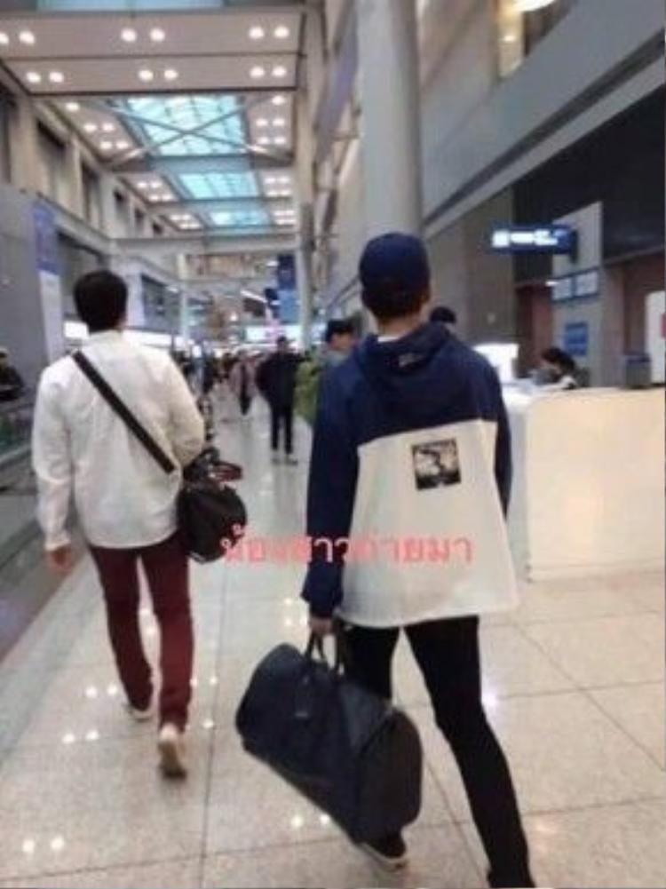 Hình ảnh Xiumin tại sân bay Hàn Quốc trước đó.