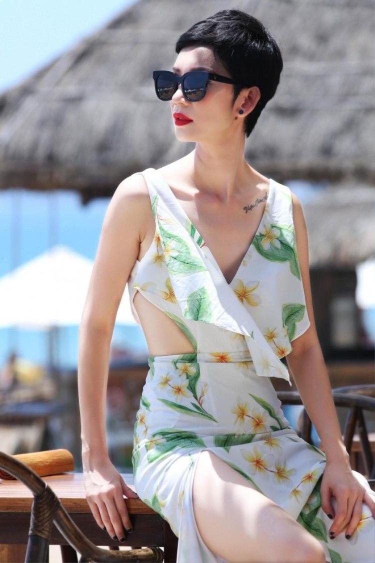 Siêu mẫu Xuân Lan ngọt lịm trong loạt trang phục mùa hè