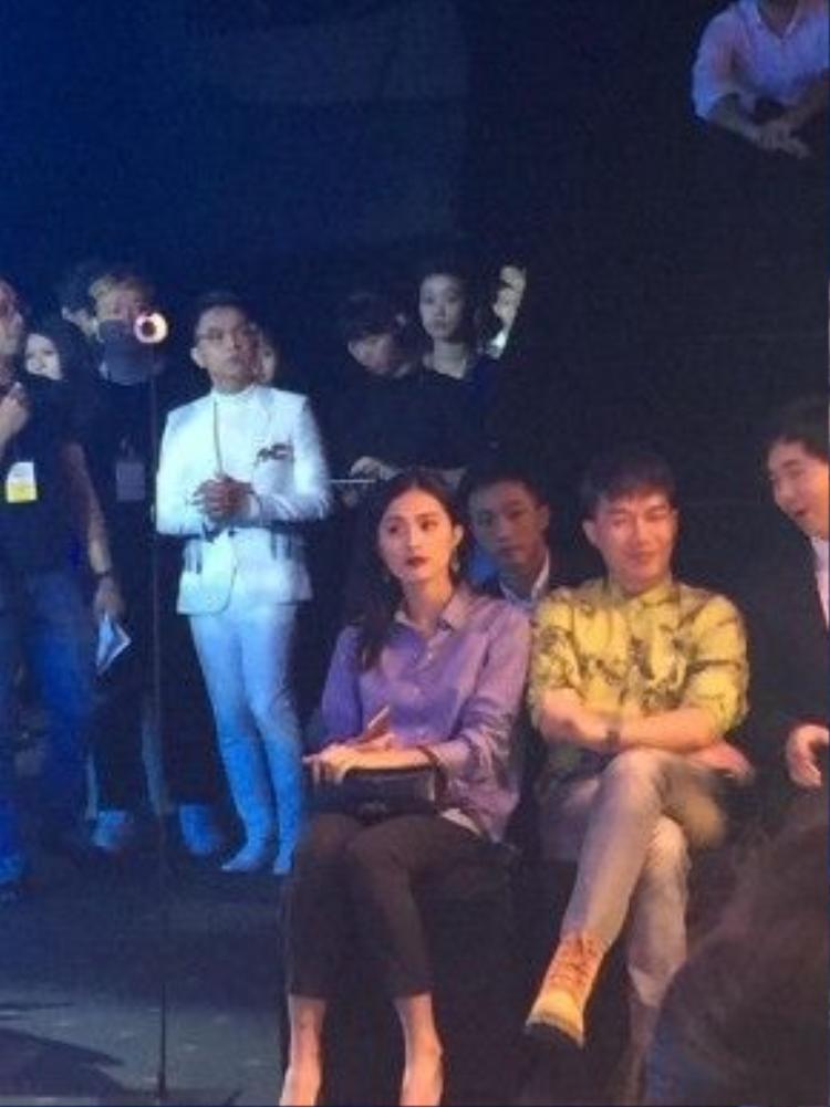 Cường Đô la lần đầu đi sự kiện cùng bạn gái - diễn viên Hạ Vi.